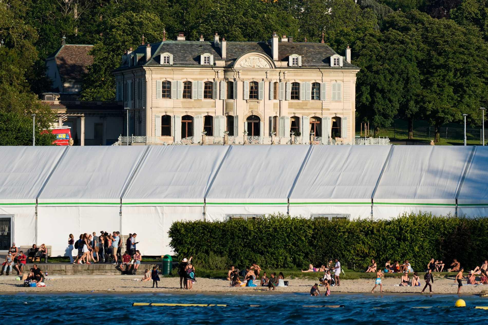Villa de la Grange, där det amerikansk-ryska toppmötet äger rum, ligger i en park nära Genèvesjöns strand.