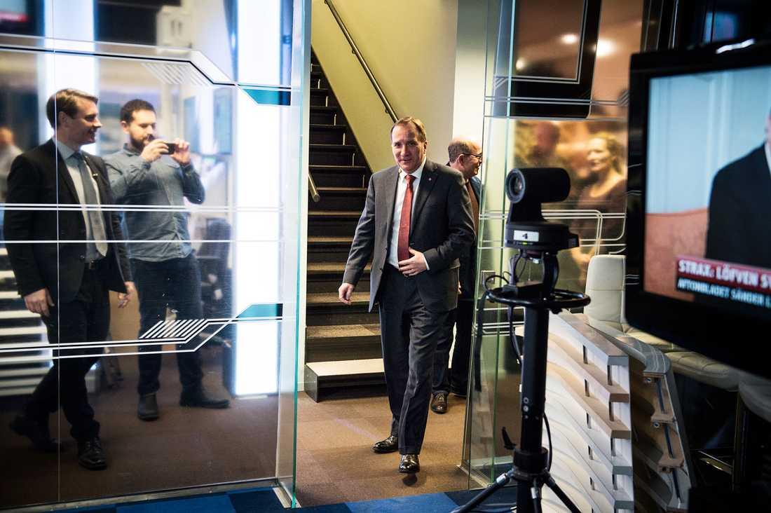 Stefan Löfven besöker Aftonbladets tv-studio och svarade på läsarnas frågor.