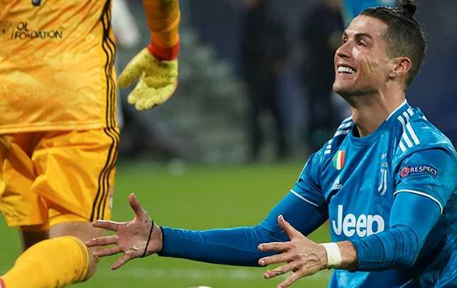 Ronaldo får kritik.