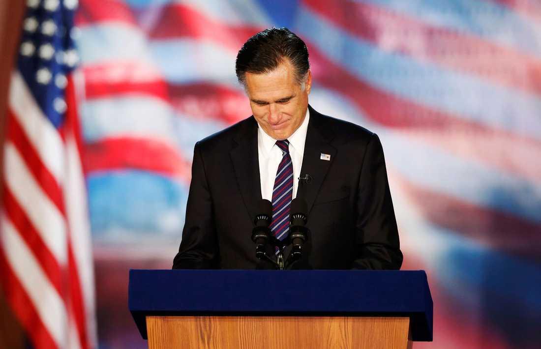 Romney erkänner sig besegrad.