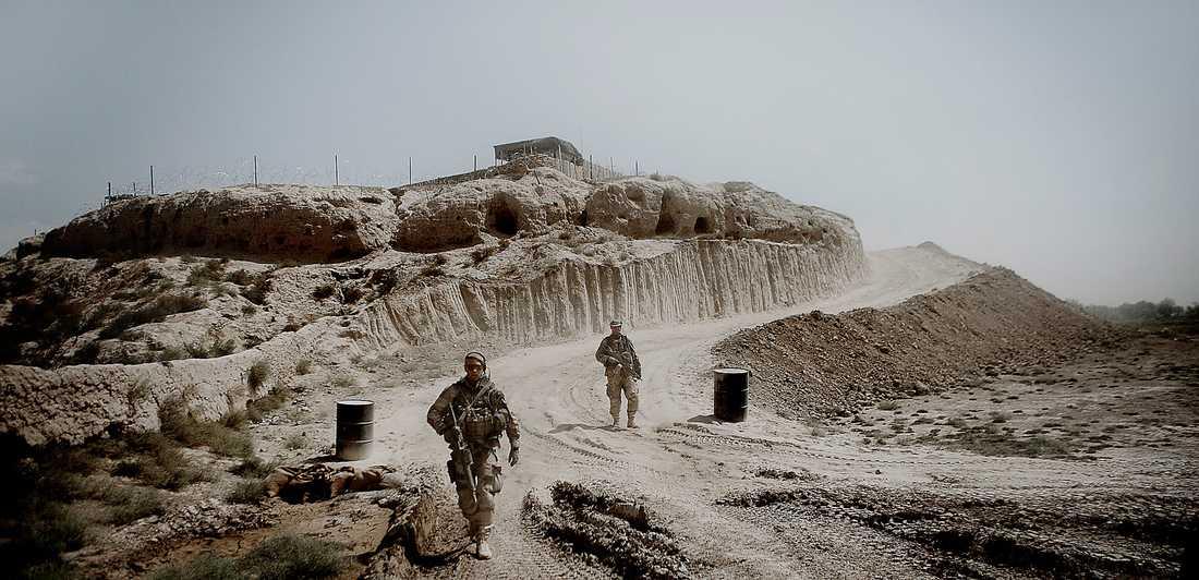 Svenska trupper i afgahnska AI-i-Zayi, 2010. Foto: Magnus Wennman