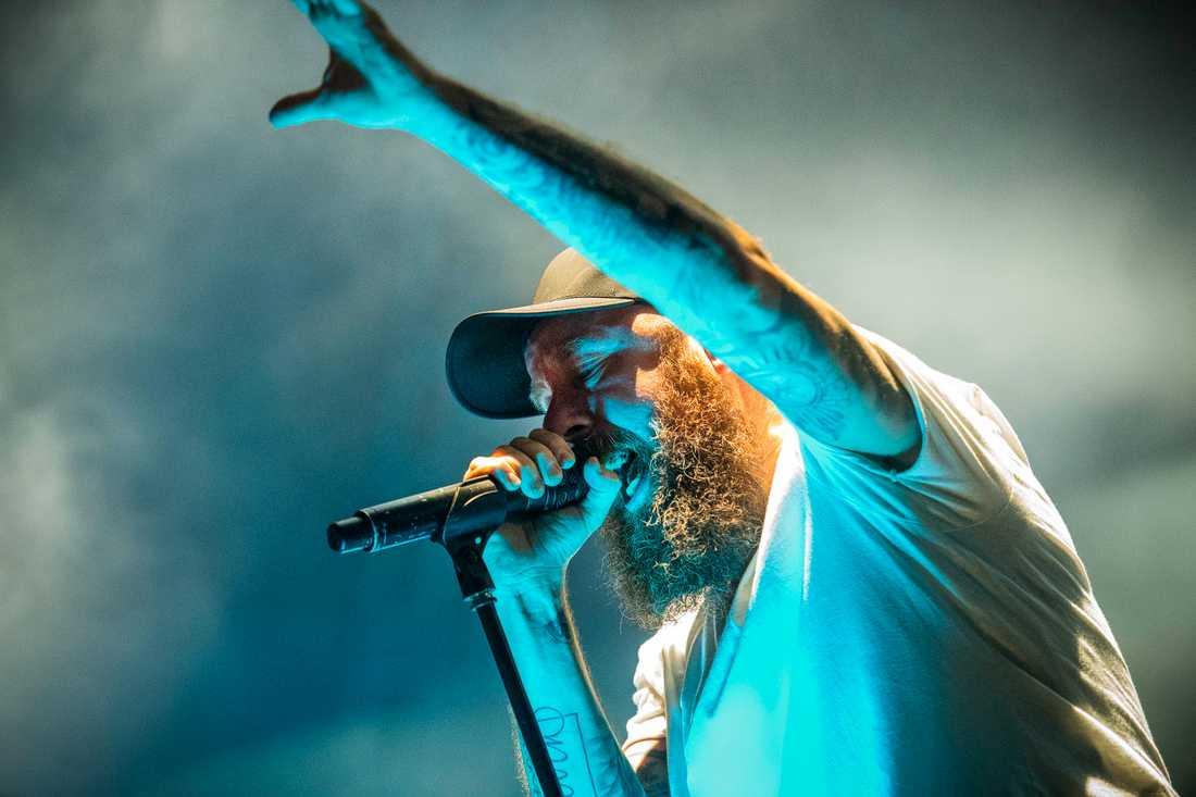 På en In Flames-konsert råder ömsesidig kärlek mellan bandet och publiken.
