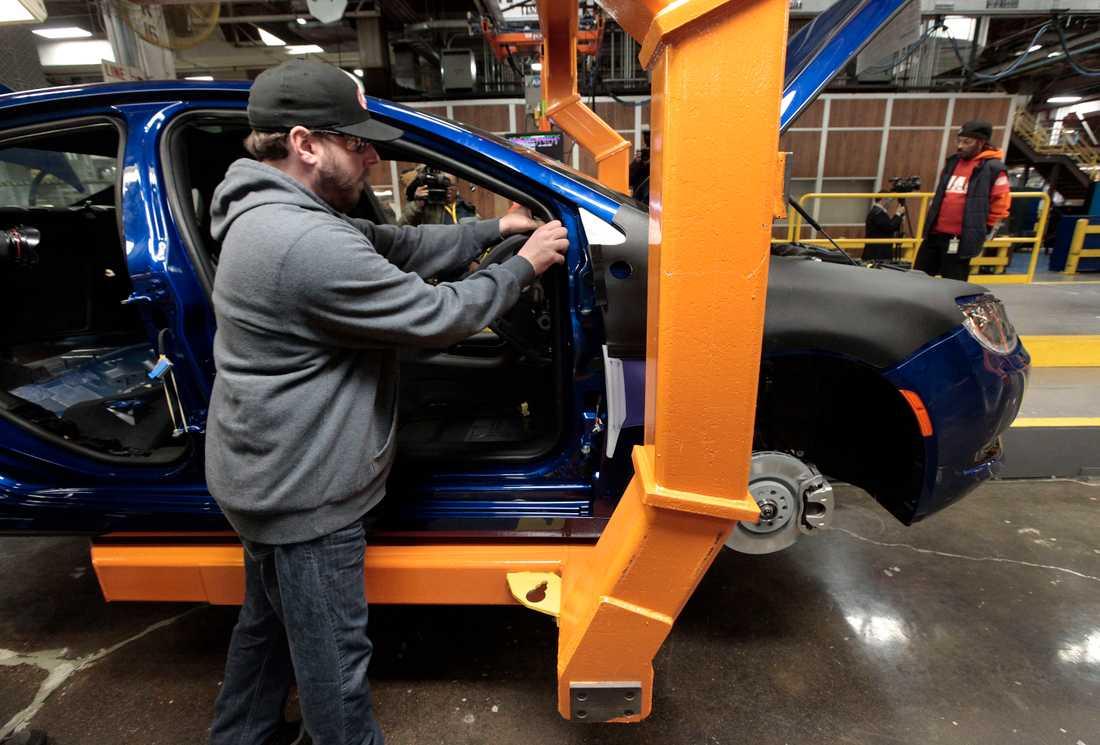 Arbetare på bilfabriker i USA fick igenom sina krav och den 18 mars stängdes flera fabriker.