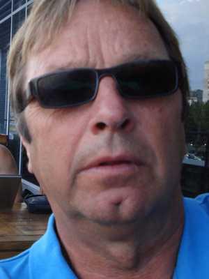 Lön: 25 000 kronor Tommy Magnusson, 60. . – Jag slutade som lärare för sex år sedan, huvudsakligen på grund av den låga lönen.