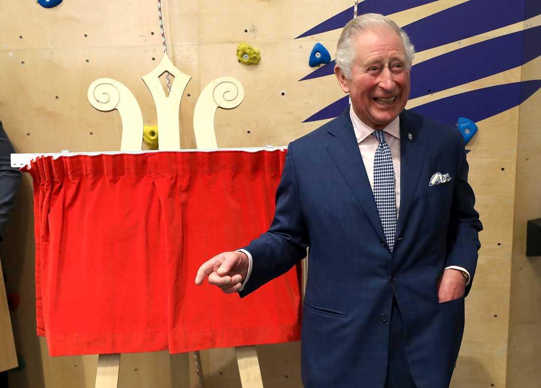 Prins Charles får avsevärda inkomster från sitt hertigdöme Cornwall, som fortfarande styrs av delvis medeltida lagar. Idag är hertigdömet ett storföretag som bara i fjol gav prinsen ett tillskott på 270 miljoner.