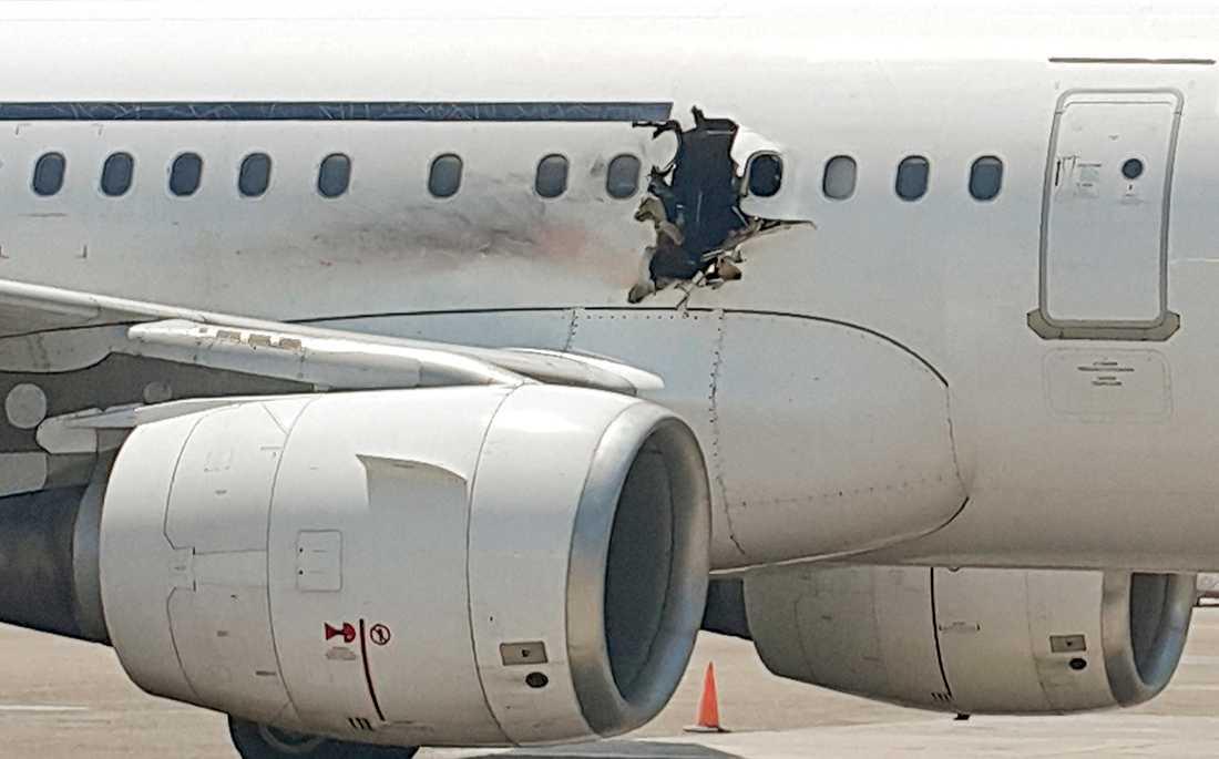 I februari 2016 inträffade en explosion ombord på ett passagerarflygplan från Mogadishu i Somalia till Djibouti.