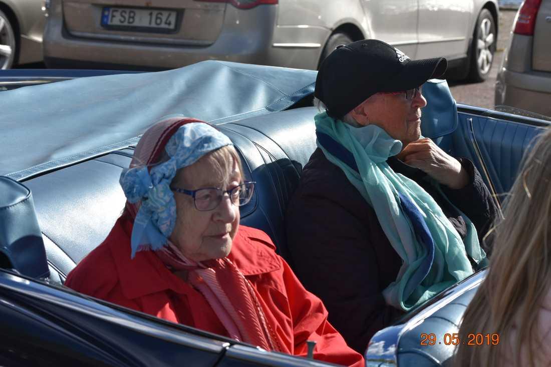 Else Larsson och Karin Sjögren var på plats.
