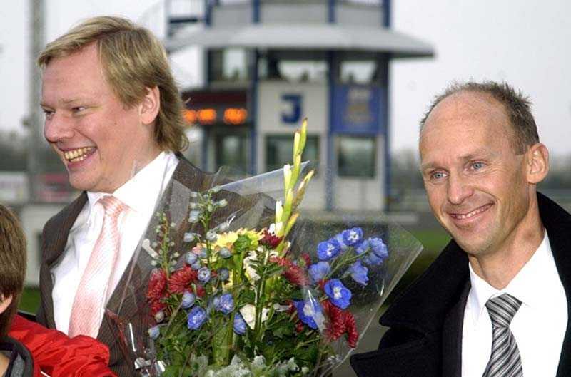 bild 1 & 2 Marcus Lindgren och Anders Ström med två av sina hästar, Gift Kronos (Lutfi Kolgjini) och Miss America (Kenneth Haugstad). BILD 3 Anders Ström med ATG:s vice ved Benno Eliasson på Jägersro
