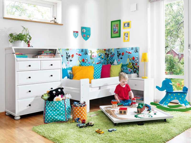 """TÄNK SOM ETT BARN Några enkla och billiga knep kan ge mysfaktorn i barnens rum en rejäl höjning. """"Många föräldrar inreder mer efter hur de vill än efter barnets intresse"""", säger experterna Maria Bannura och Lotta Axelsson."""