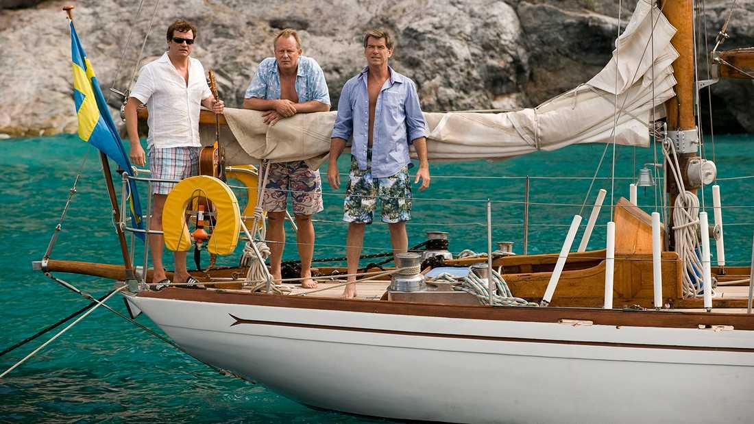 """Colin Firth, Stellan Skarsgård och Pierce Brosnan i """"Mamma Mia!""""."""