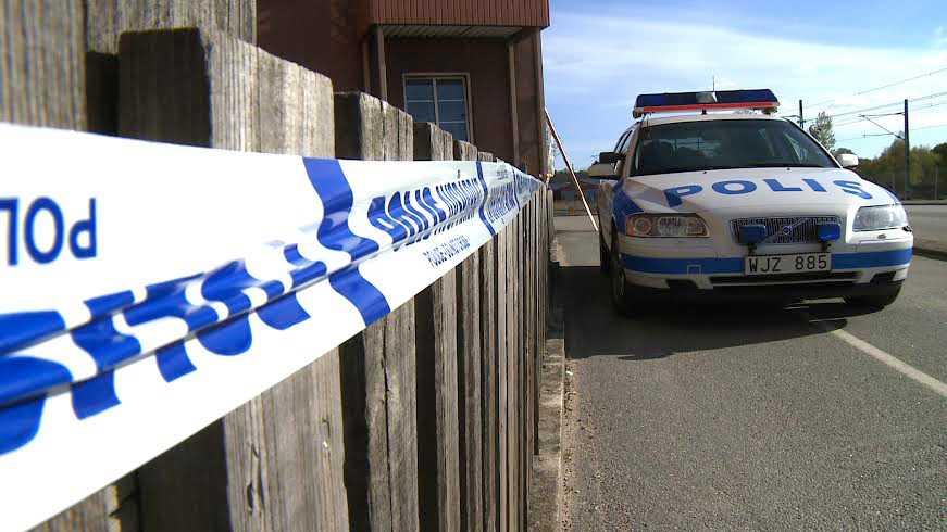 Flickan hittades död i centrala Karlskrona.