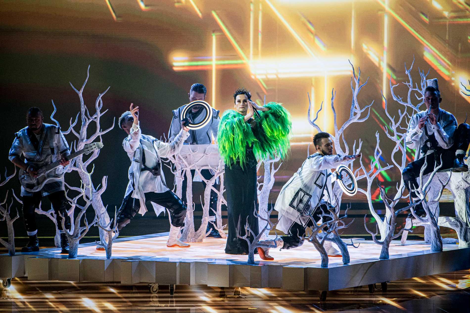 Ukrainas bidrag på scenen under ett genrep.