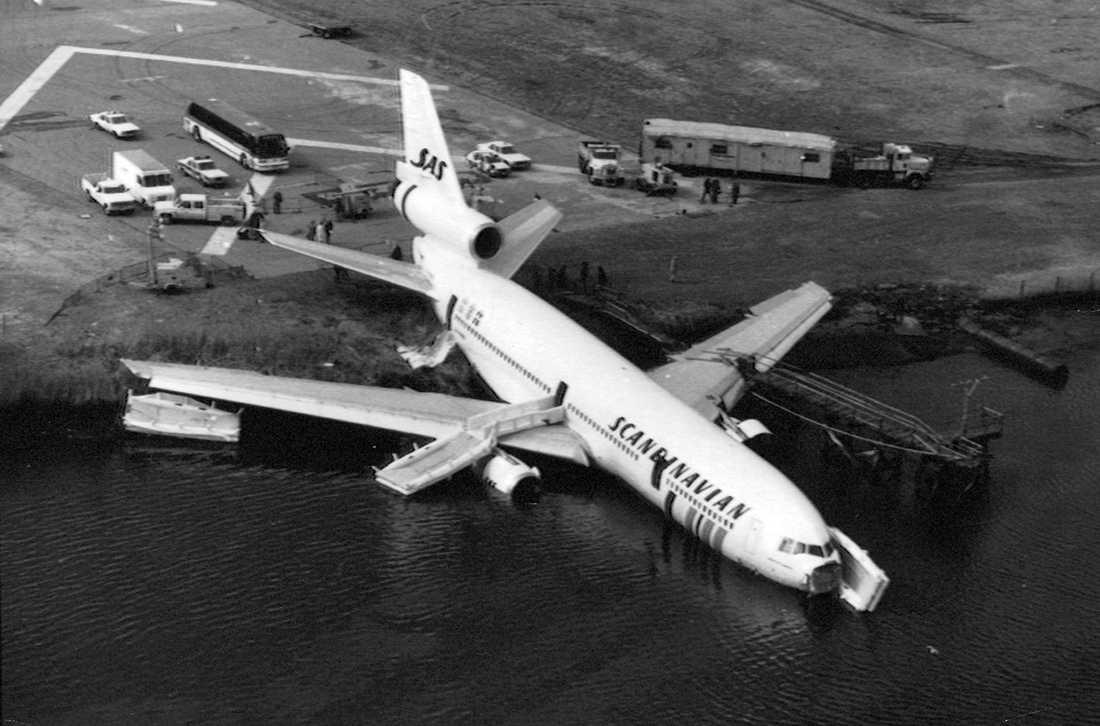 1984 körde en DC 10 från SAS av landningsbanan på Kennedy-flygplatsen i New York och hamnade i vattnet. Alla de 177 ombord överlevde.