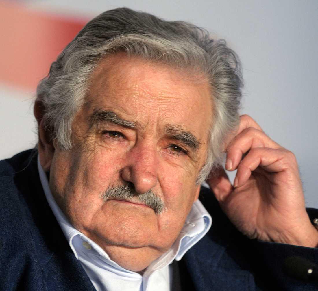 José Mujica valdes till president 2009.