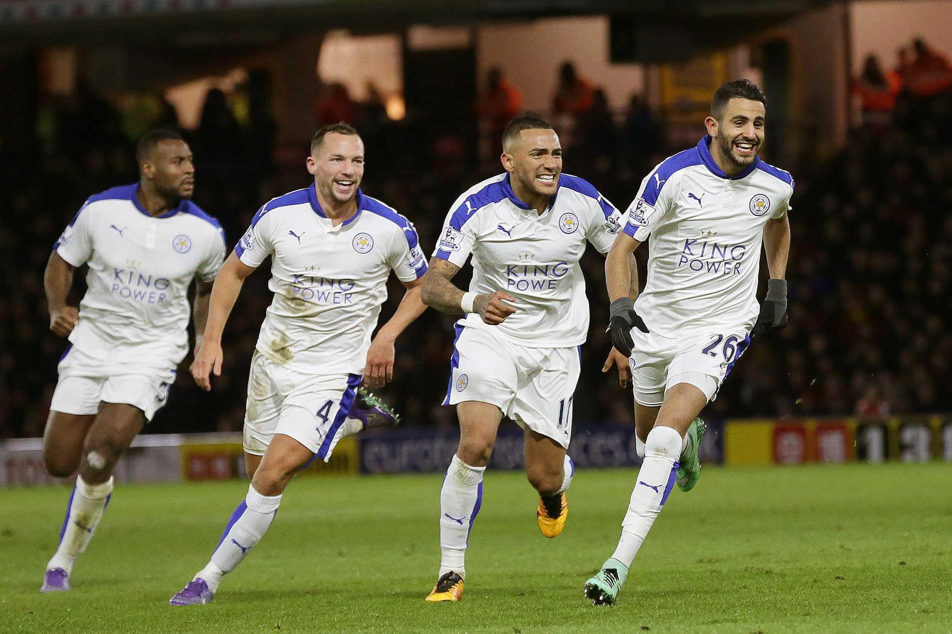 Leicester fortsätter att kosta spelbolagen pengar. Här jublar spelarna efter helgens seger.