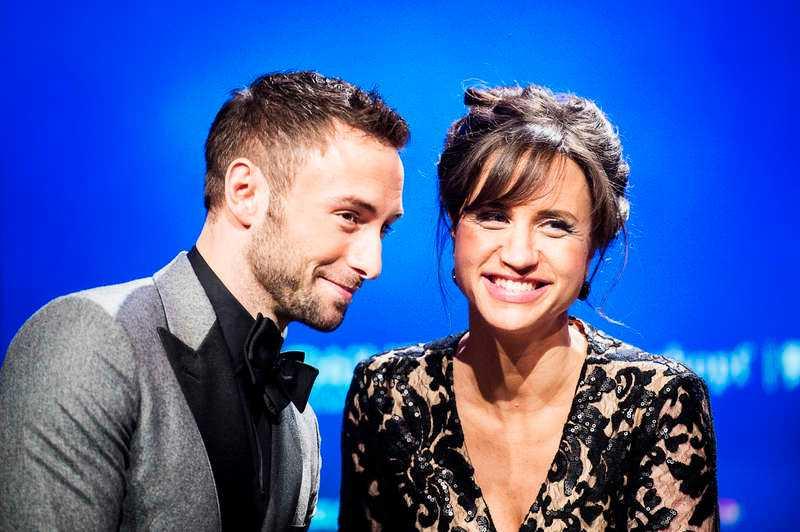 Programledare för Eurovision song contest är Måns Zelmerlöw och Petra Mede.
