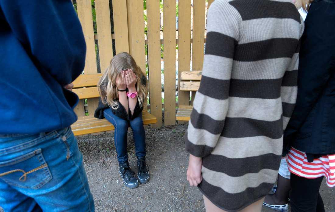 Barn vars föräldrar är nedlåtande och hånfulla mot dem löper större risk att själva bli mobbare eller mobbningsoffer, enligt en ny studie. Arkivbild.