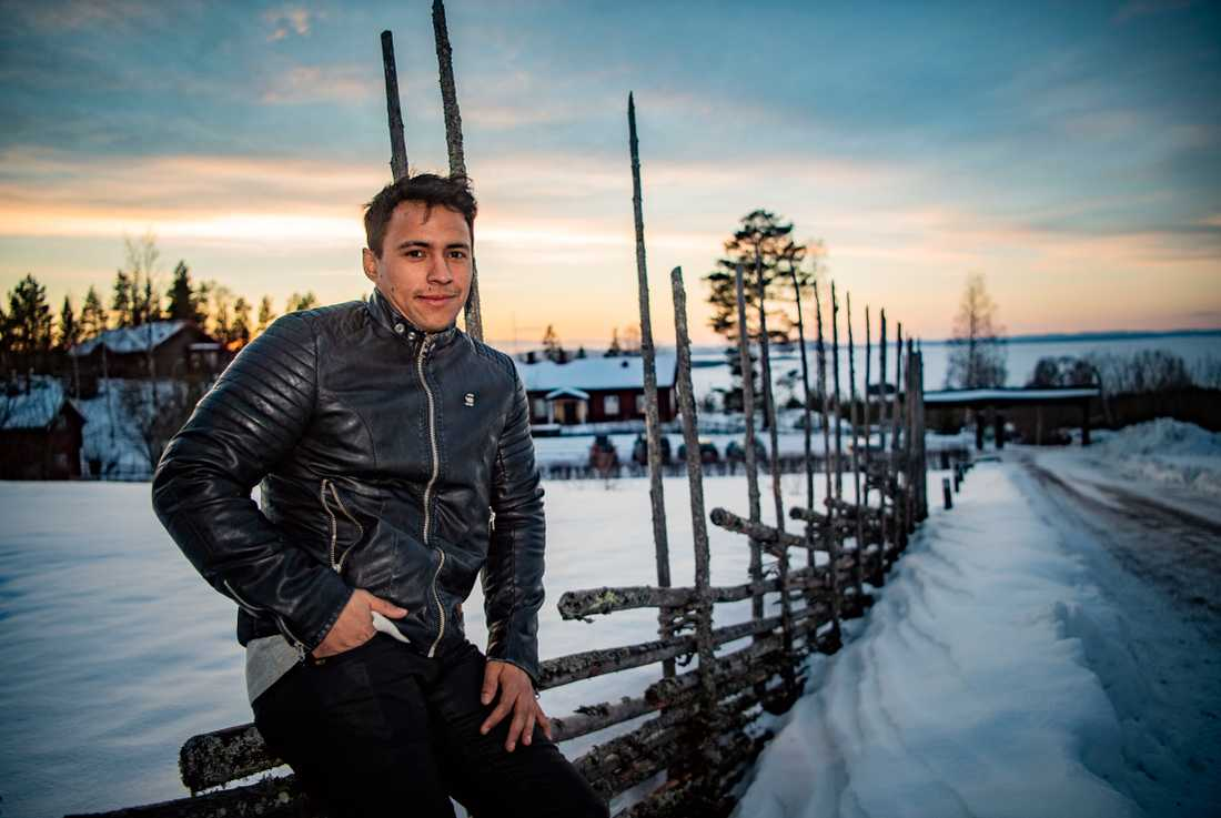 Jon Henrik Fjällgren.