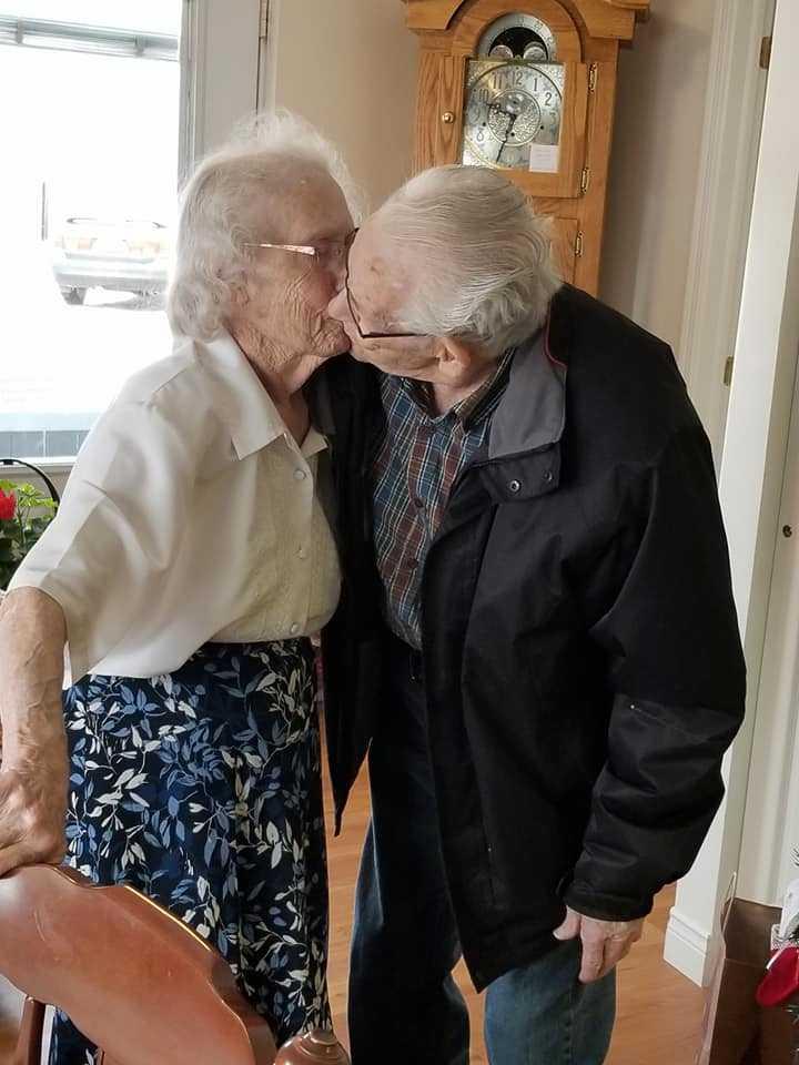 De har varit gifta i 69 år.