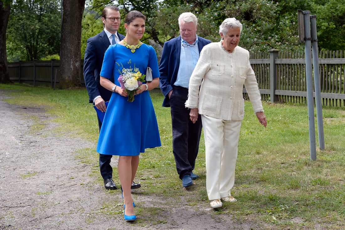 Kjerstin Dellert, hennes make Nils-Åke Häggbom träffade kronprinsessparet på Nationdalen 2014.