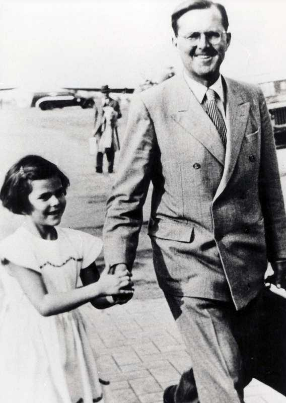 Silvia med pappa Walther i Brasilien 1947.
