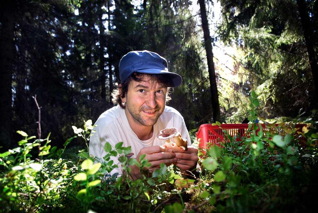 Mykologen Michael Krikorev driver bland annat nätforumet svampguiden.com. Arkivbild.