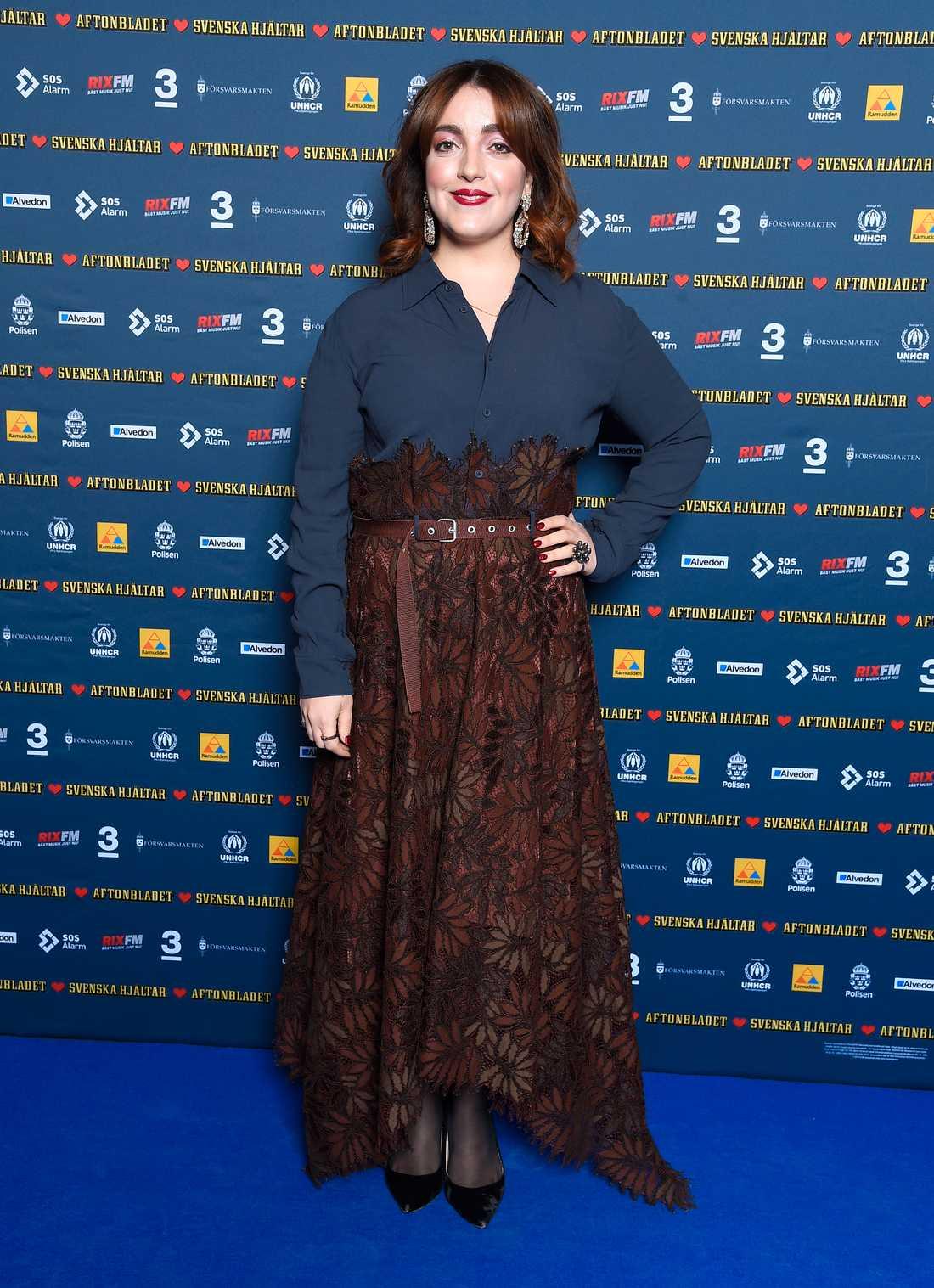 Komikern och skådespelaren Shima Niavarani är ny i Svenska Hjältar jury, och har visat ett oerhört engagemang för hjältehistorierna.
