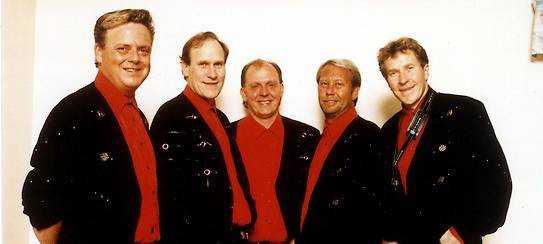 1998 var Lasse Sigfridsson (tvåa från vänster) fortfarande med i Lasse Stefanz.