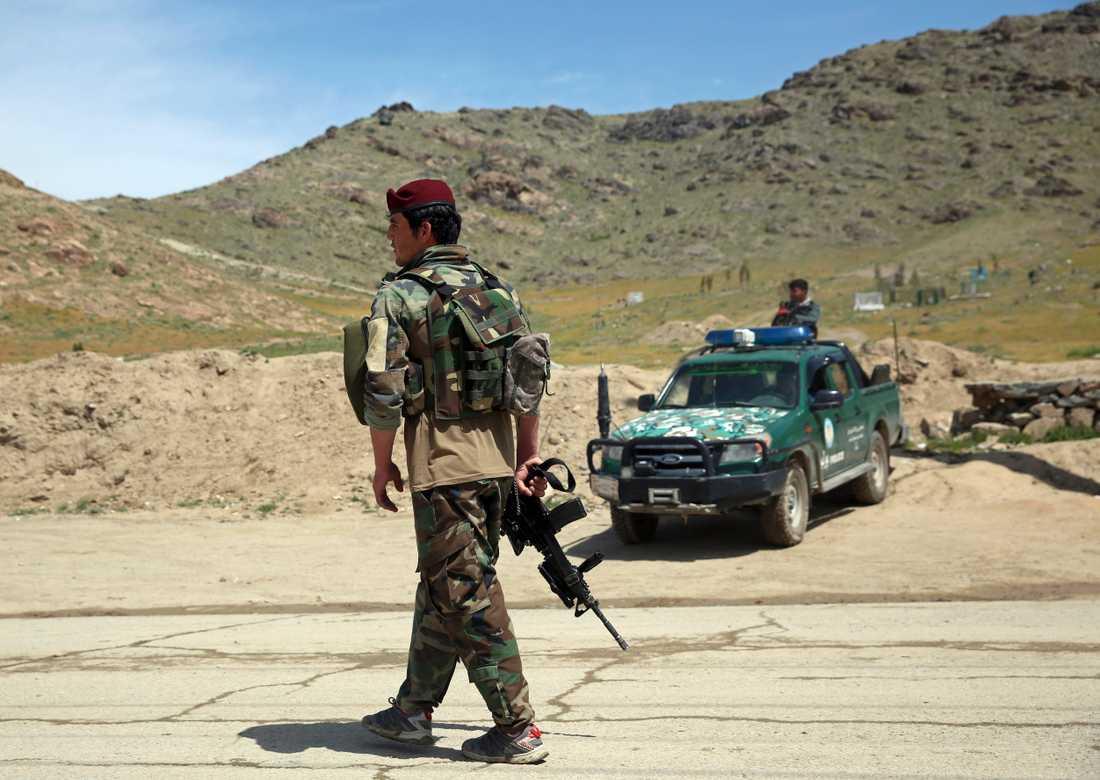 Medlemmar i de afghanska säkerhetsstyrkorna i samband med en annan händelse tidigare i år. Arkivbild.