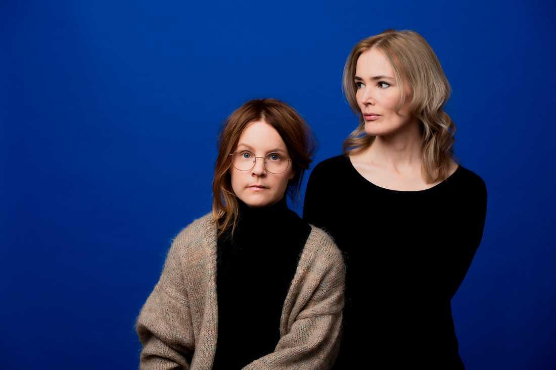 """Emma Adbåge och Lotta Olsson gör en bokserie om känslor, för de yngsta. Först ut är """"Ledsen"""", och nästa år kommer en bok om glädje. Pressbild."""