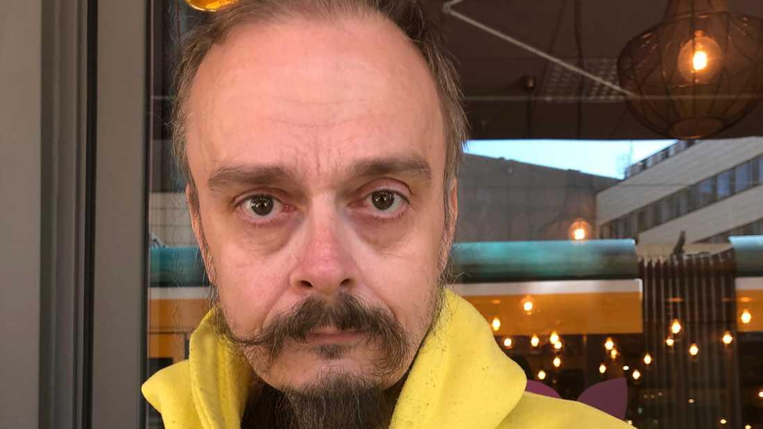 Artisten och tv-profilen Pontiak Johanzon.