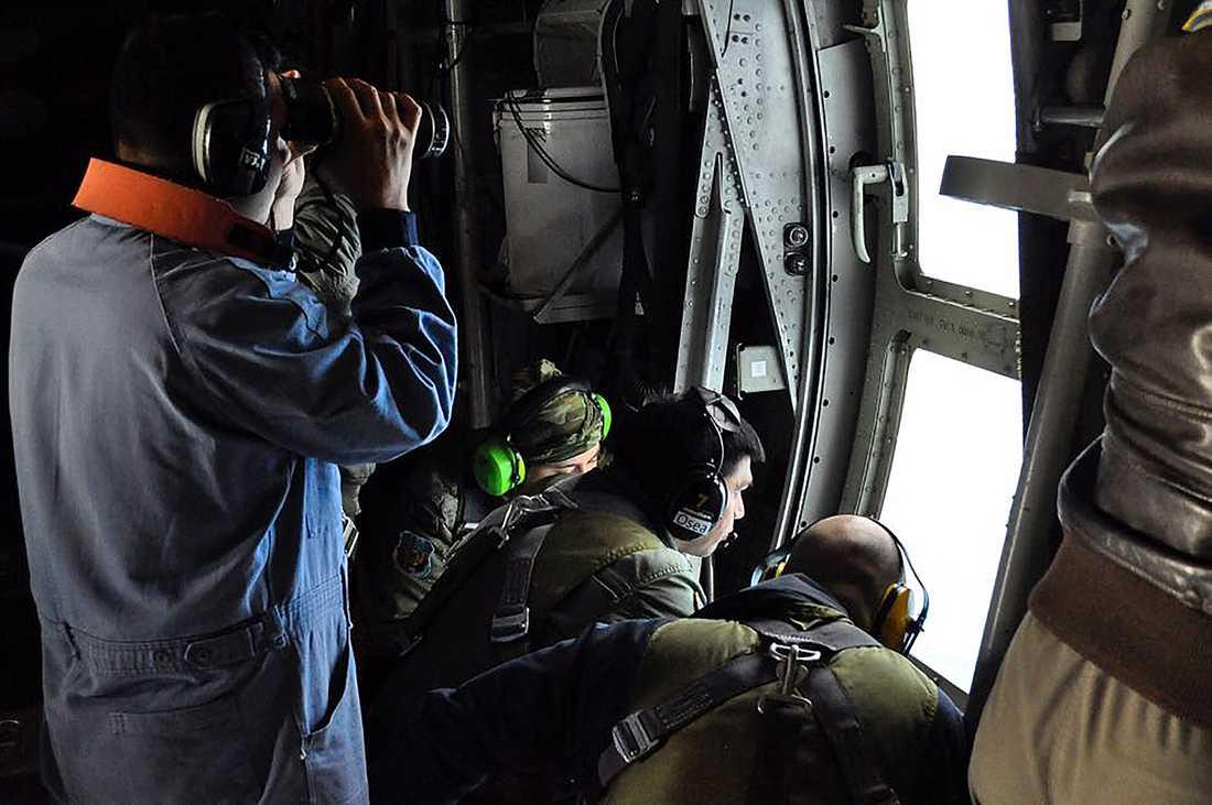 Argentinska marinen i sökandet efter ubåten.