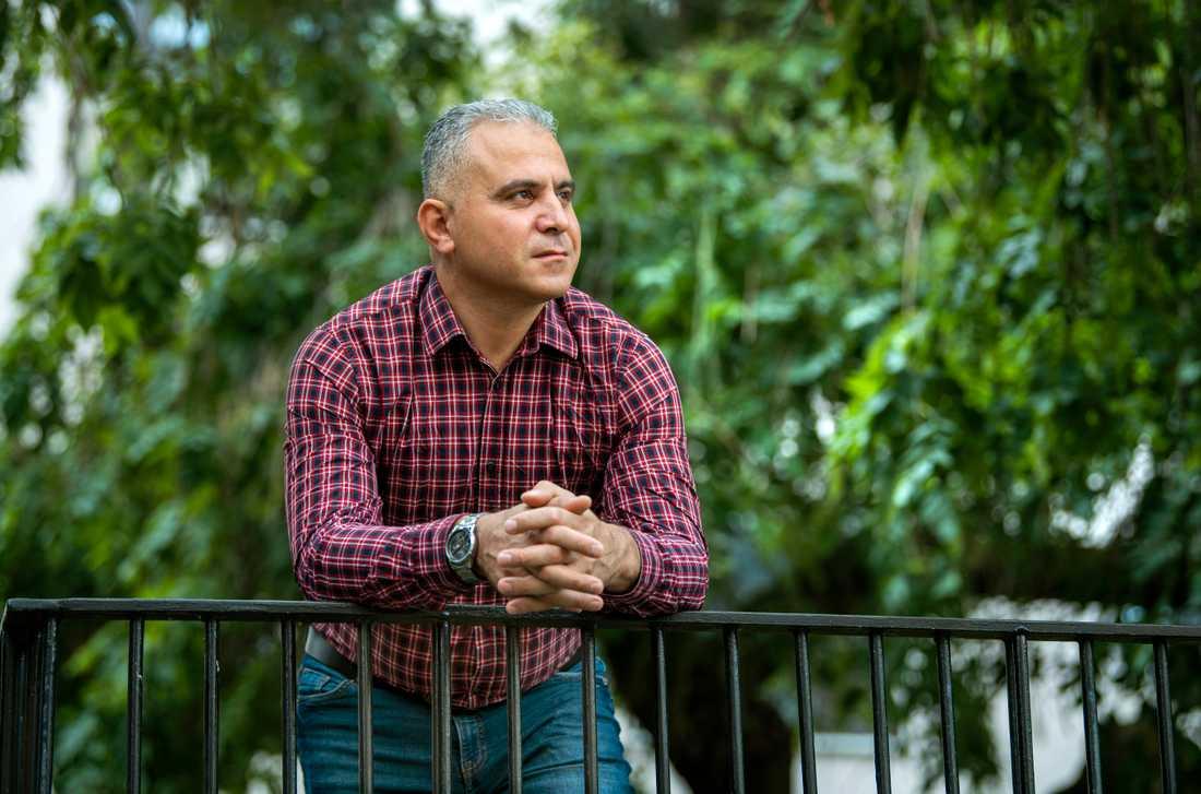 I dag bor Ahmed Ez i Stockholm och arbetar på Sveriges lantbruksuniversitet i Uppsala.