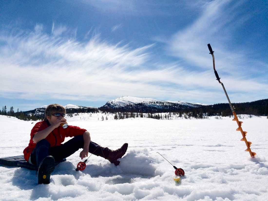 Boende i Norrbotten, inga andra, kan lösa fiskekort för Girjas. Arkivbild.