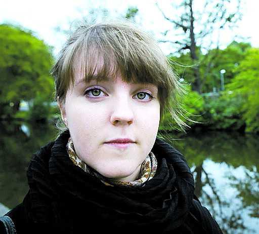 Sofia Pethrus, 23, Göteborg: Sökte till psykologprogrammet i Göteborg i kvoten för högskoleprovet där hon hade 1,8. Hon hamnade då på reservlistan. Sedan lottades eleverna in. – Jag var helt övertygad om att det skedde en rättvis lottning men männen får stor förtur. Det är helt absurt.
