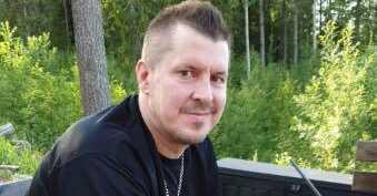 Mikael Simonsson, 45.