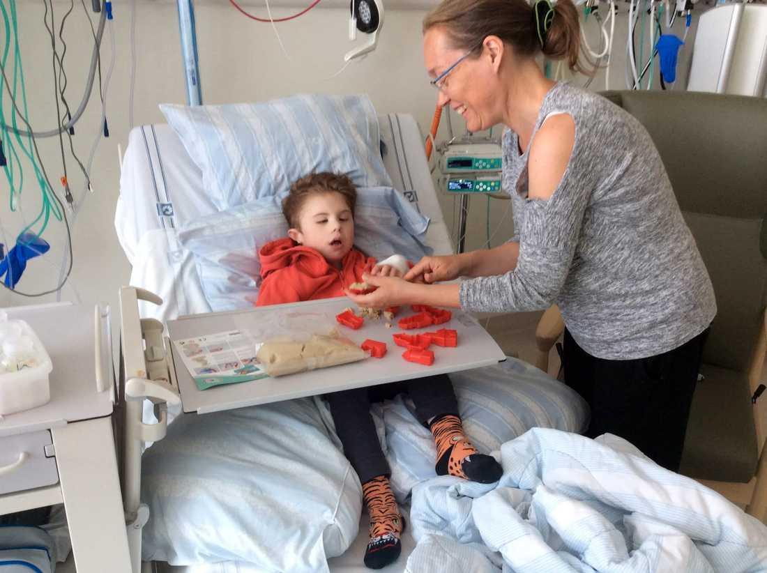 Viggo har tillbringat en stor del av sitt liv på sjukhus.