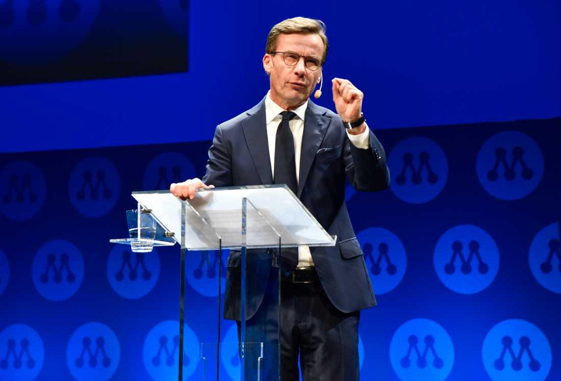 Moderaternas partiledare Ulf Kristersson talar under partistämman i Västerås.
