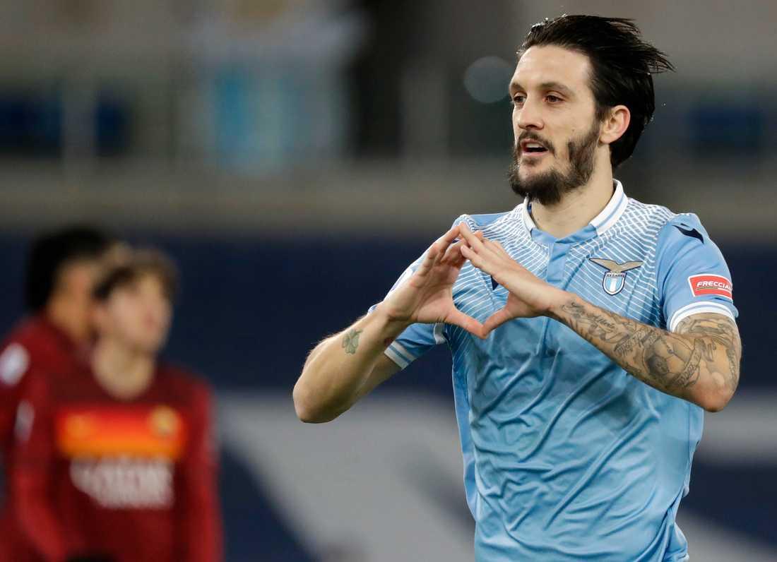 Luis Alberto gjorde två av målen när Lazio vann Romderbyt mot Roma med 3–0.
