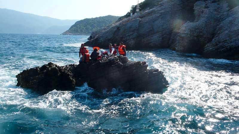 Hittills har Gula båtarna räddat hundratals människor ur Medelhavet.