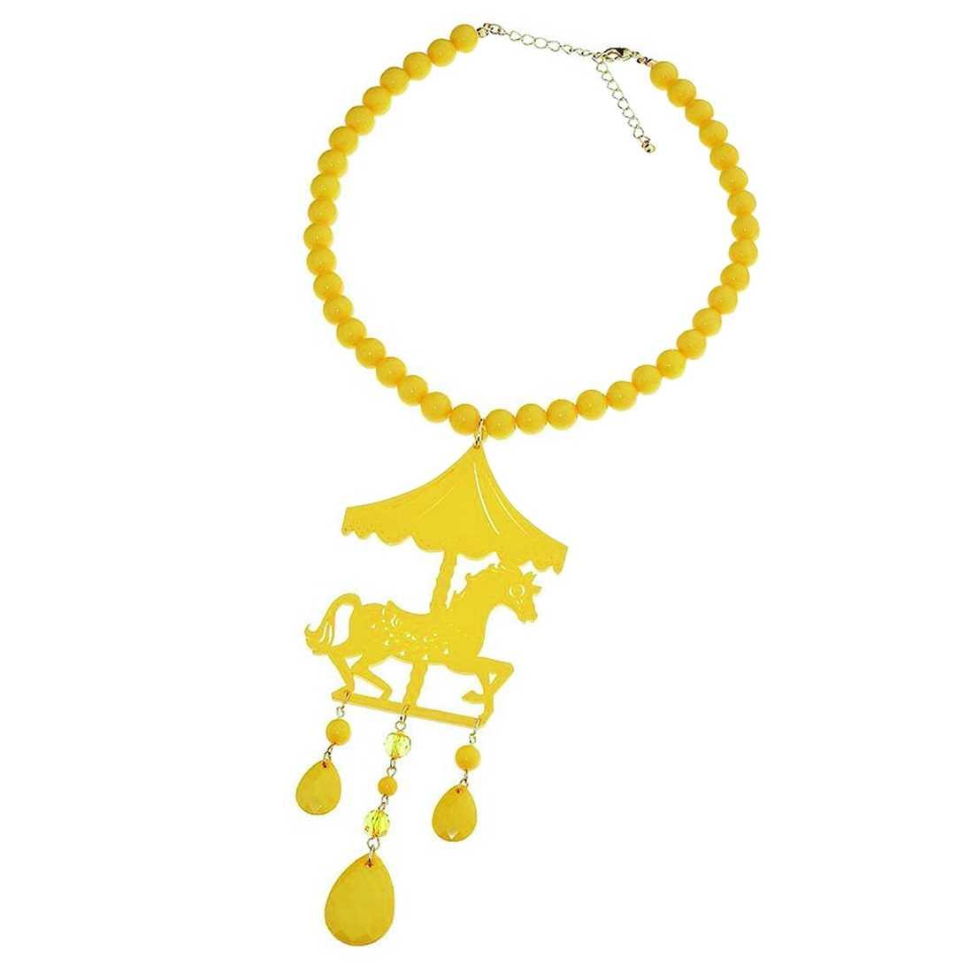 Med detta knallgula karusellhalsband drar du garanterat allas blickar till dig. Finns på www.topshop.com för cirka 135 kronor.