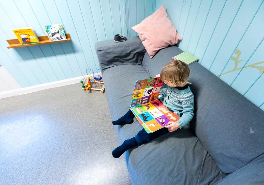 Sverige hamnar på plats tio när barns hälsa och förutsättningar rankas av Unicef. Arkivbild.