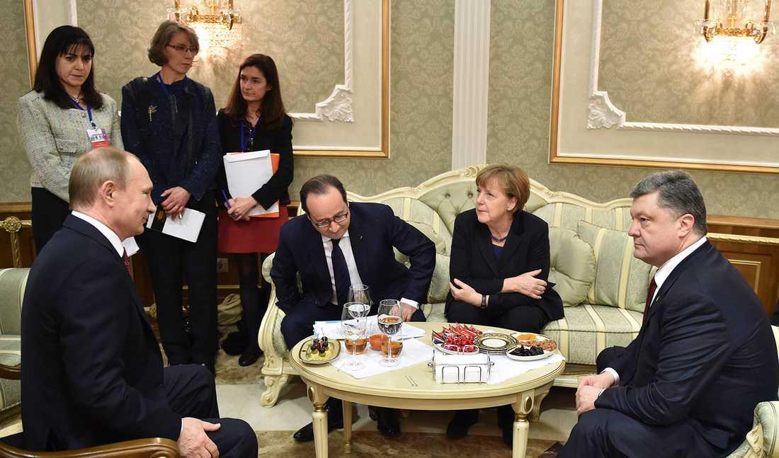 Putin, Hollande, Merkel och Porosjenko.