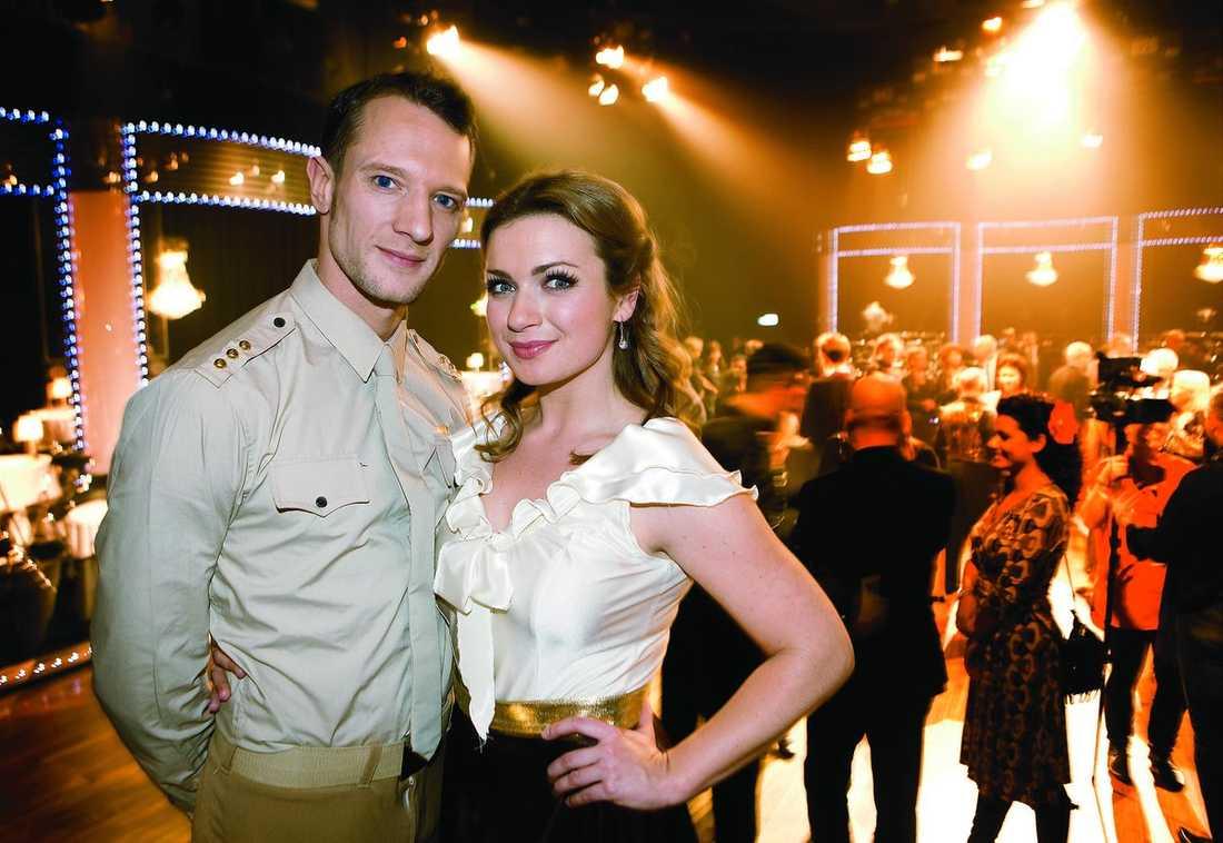 "Claudia Galli danspartner Tobias Wallin i ""Let's dance""."