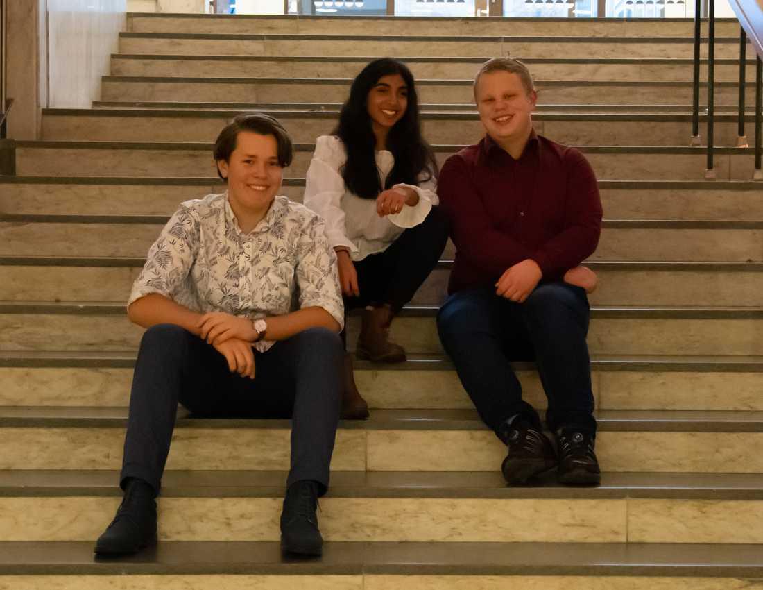 De 16-åriga initiativtagarna Hadar, Julia och Anton.