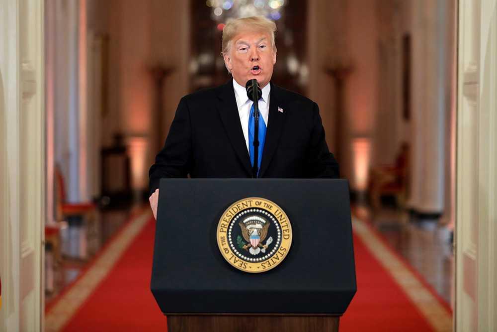 Donald Trump på presskonferensen.