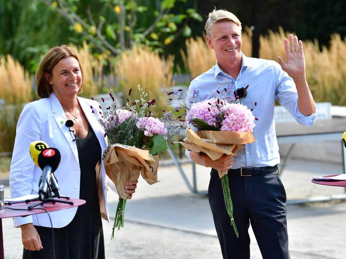 Miljöpartiets Isabella Lövin och Per Bolund sommartalar i Blecktornsparken på Södermalm i Stockholm.
