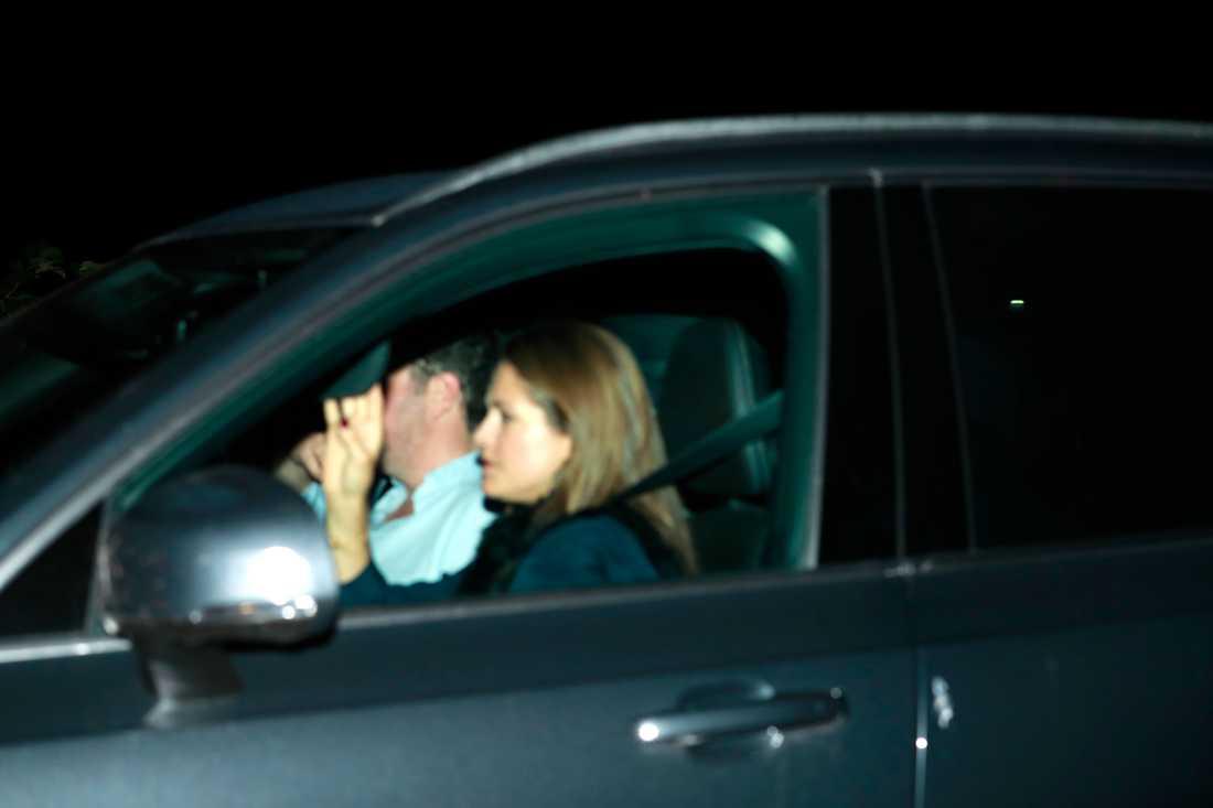 Prinsessan Madeleine och Chris O´Neill lämnade festen vid kvart över ett i natt.