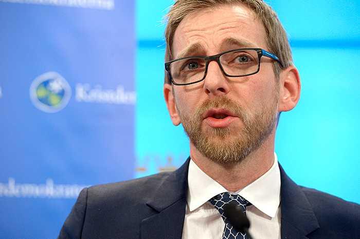 Jakob Forssmed säger att han är förbluffad över hur svag budgeten är.