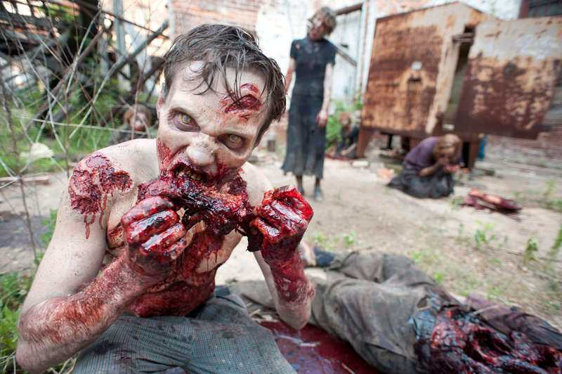"Hungrig zombie i tv-serien ""The walking dead""."